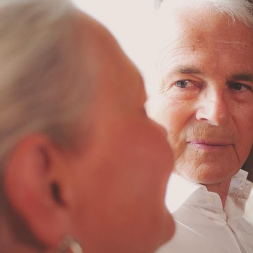 Intresserad av en förstklassig Senior Service?Låt oss förgylla din vardag med en välanpassad och förstklassig Senior Service. Vi erbjuder dig ett varierat utbud av tjänster och du behöver inte ha ansökt om hemtjänst tidigare för att anlita oss. Det går även bra att låta oss komplettera din befintliga hemtjänst där vi gör de sysslor som inte prioriteras.Läs mer på https://vivbon.se/intresserad-av-en-forstklassig-senior-service/